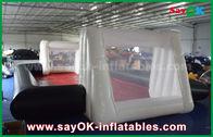 Κίνα 0.55mm PVC εμπορικός βαθμός Inflatables γηπέδων ποδοσφαίρου συνήθειας άσπρος/μαύρος διογκώσιμος εργοστάσιο