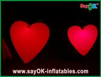Καλή μεγάλη κόκκινη διογκώσιμη καρδιά με τα οδηγημένα φω'τα για το φεστιβάλ, διάμετρος 1.5M